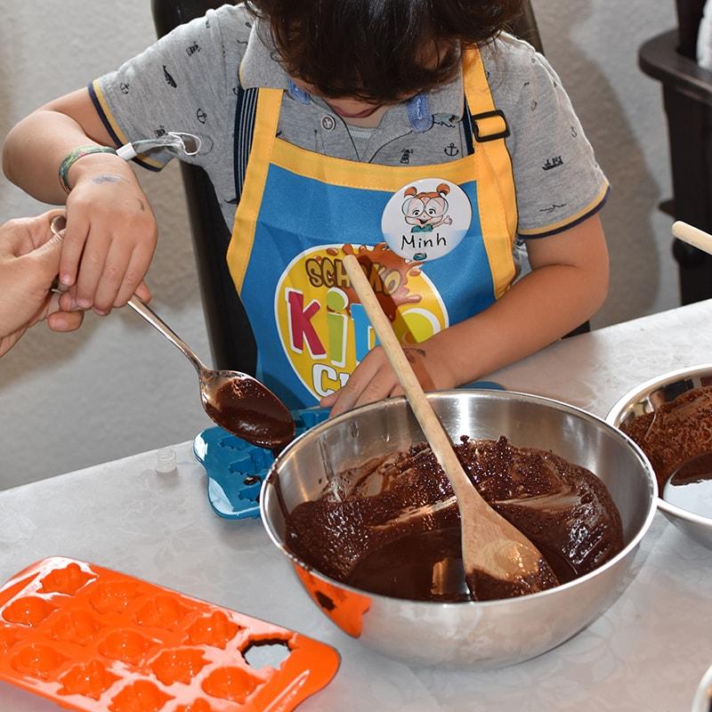 kinder-schokolade-selber-machen-rohkakao-schoko-kids-club-schokotastisch-zutatenset-3544b-800×800-min