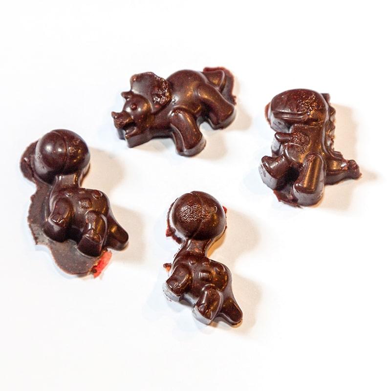 kinder-schokolade-selber-machen-schoko-kids-club-silikomart-silikonform-dino-1177b-800x800min