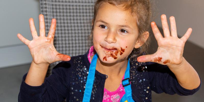 schokokidsclub-schokolade-selbst-machen-so-geht-es-495px